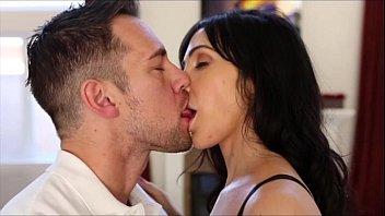 Morena adorando quando ele chupou os peitos dela