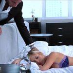 Sexo na massagem com mulher gostosa loira de bunda grande