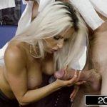 Servi porno da gostosa mamando o arabe
