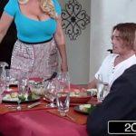 Sexo tub com novinho comendo sua sogra