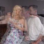 Tela erotica safada novinha dando a bunda
